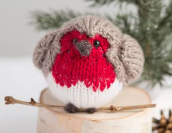 Knitted Robin