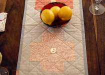 Log Cabin Quilting: Modern Cross Block and Table Runner Set