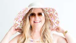 Ashley Nickels teaches you how to make a summer hat. This is a great summer craft sewing class for new sewers and for anyone who wants a summer hat.
