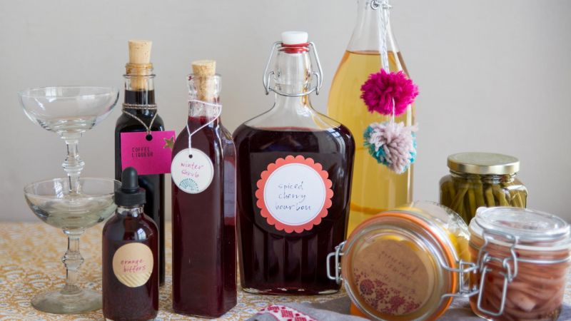 How to Make Preserves, Liqueurs and Infusions