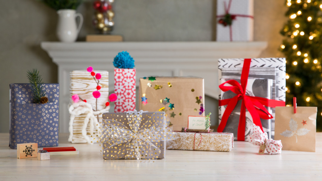 25 Days of Gift Wrap by Courtney Cerruti