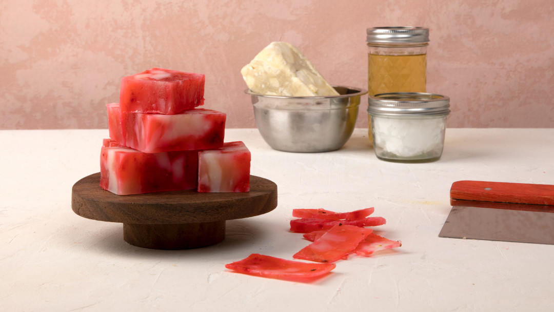 Make Soap Three Ways by Arina from BellaCreme