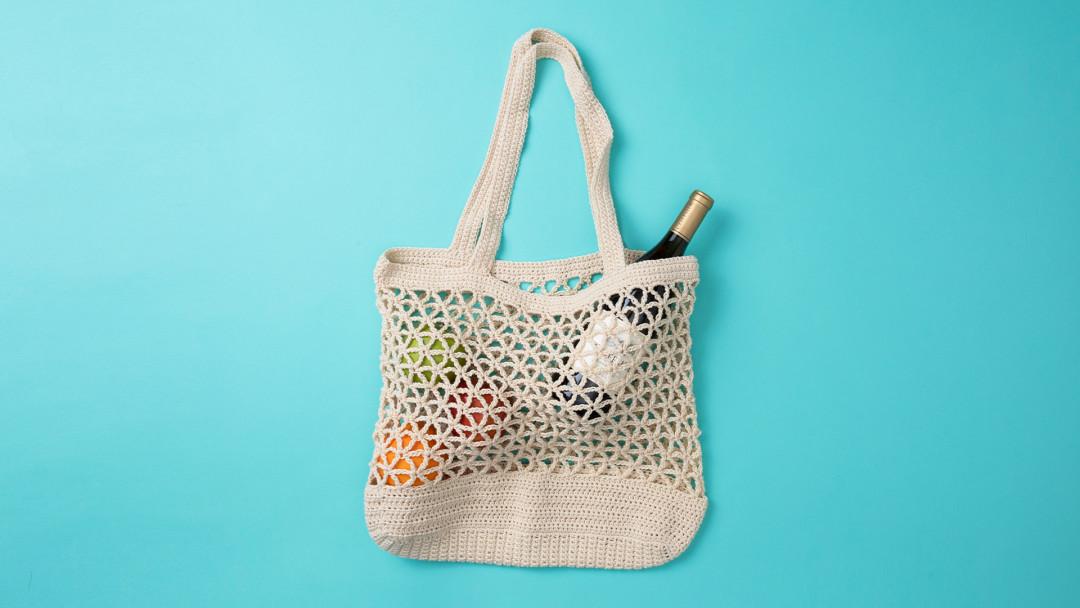 Crochet a Set of Mesh Market Bags by Twinkie Chan