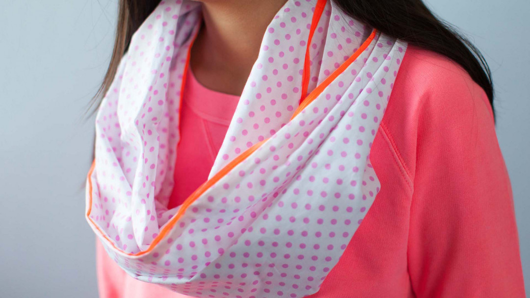 Kids Sewing: Infinity Scarf by Annabel Wrigley
