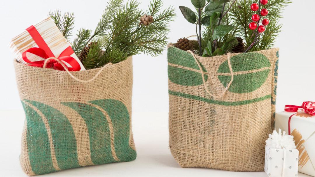 Sew Burlap Gift Bags by Maya Donenfeld