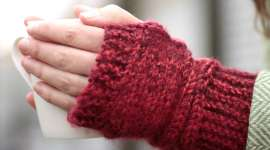 Learn to Knit: Fingerless Gloves