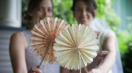 Paper Wedding Crafts: DIY Fans