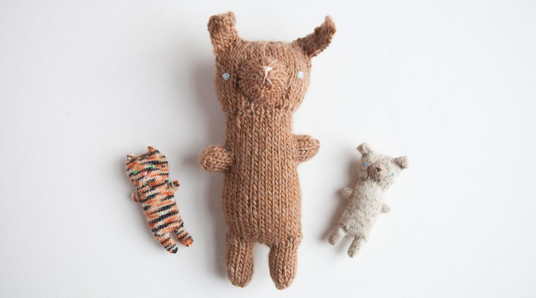 Knitted Puppy and Kitty