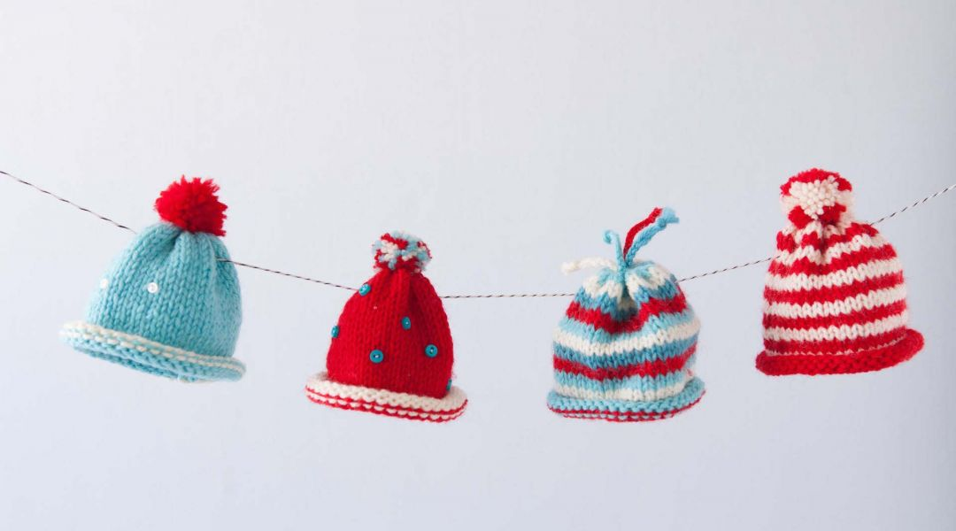 Mini Holiday Hat Garland
