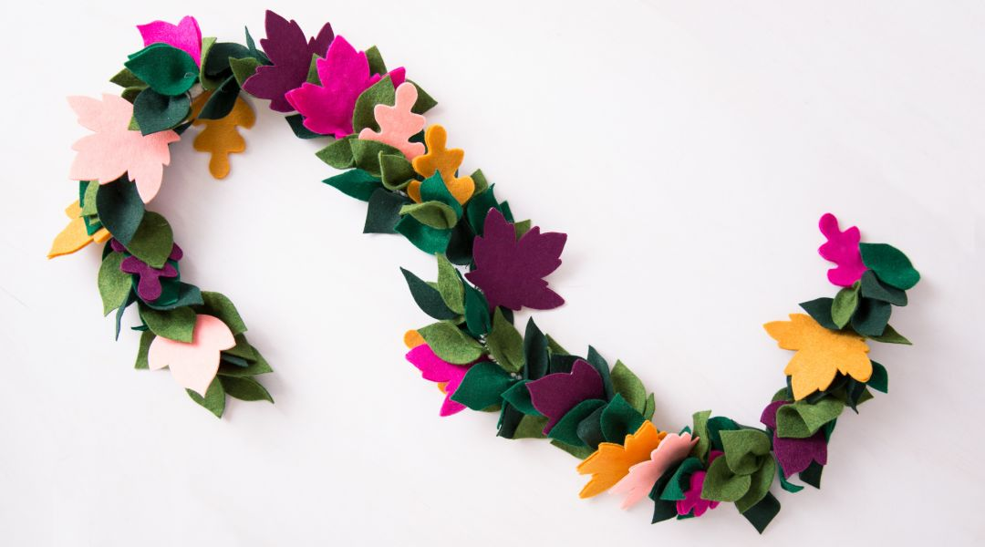 Cricut Crafts: Fall Leaf Garland