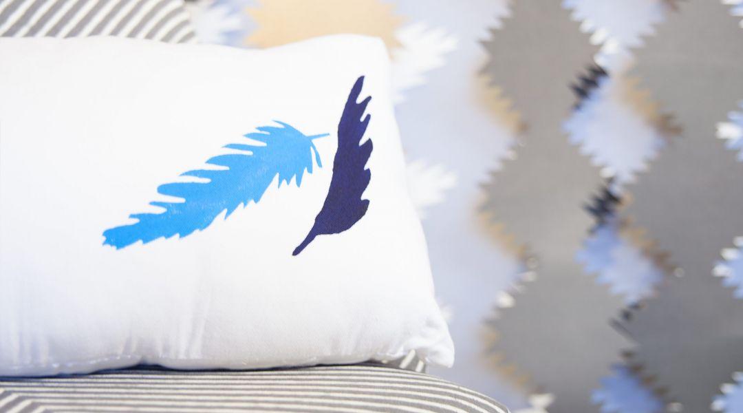 Cricut Crafts: Feather Home Décor