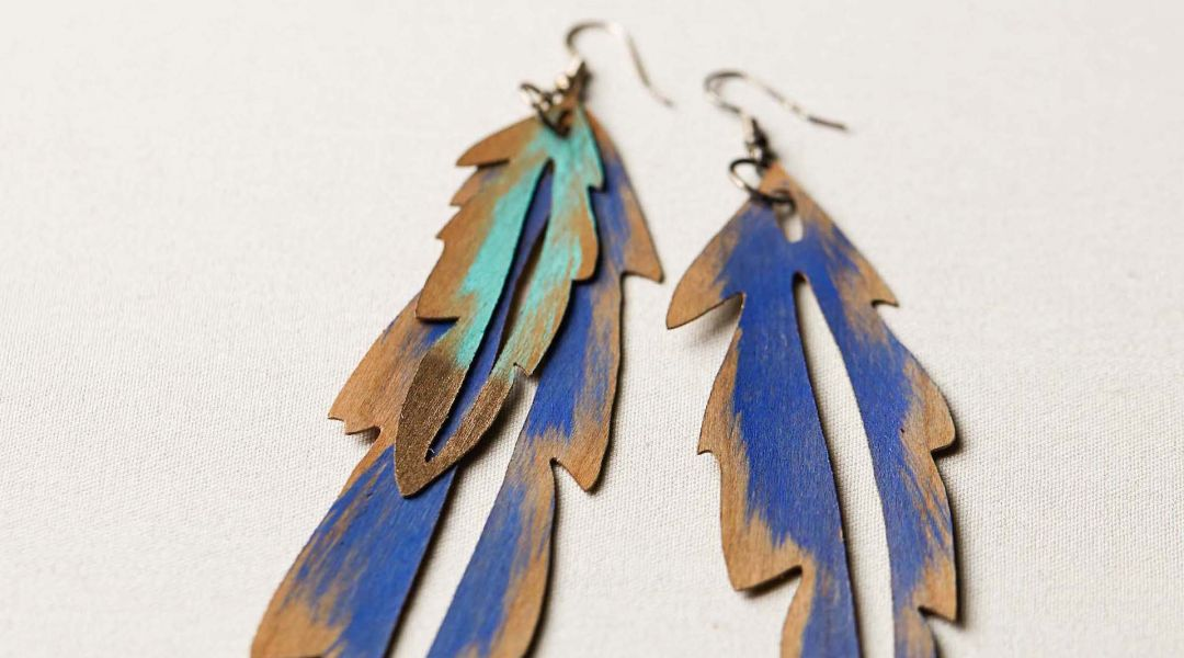 Cricut Crafts: Make Wood Veneer Feather Earrings by Courtney
