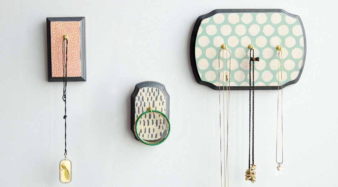 DIY Room Décor: Decoupaged Jewelry Holder