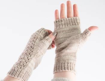 Knitted Lace Mitts
